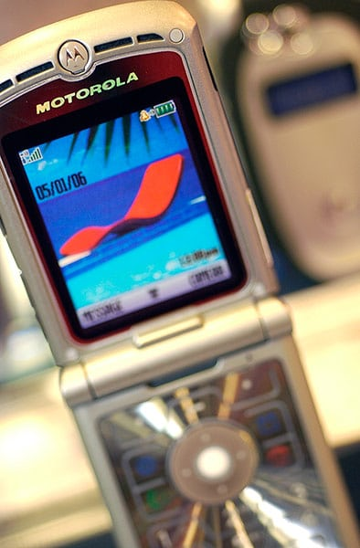 Motorola RAZR V3 (2003): with a radical design and solid features, this handset sold 130 million units.
