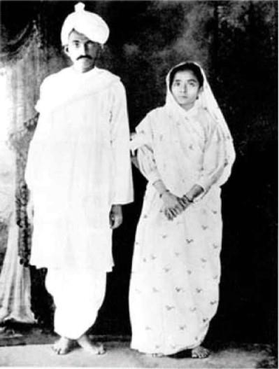 6. Mahatma Gandhi with his wife Kasturba Gandhi after returning to India. ( Married at the age of 13 and his wife was 14)