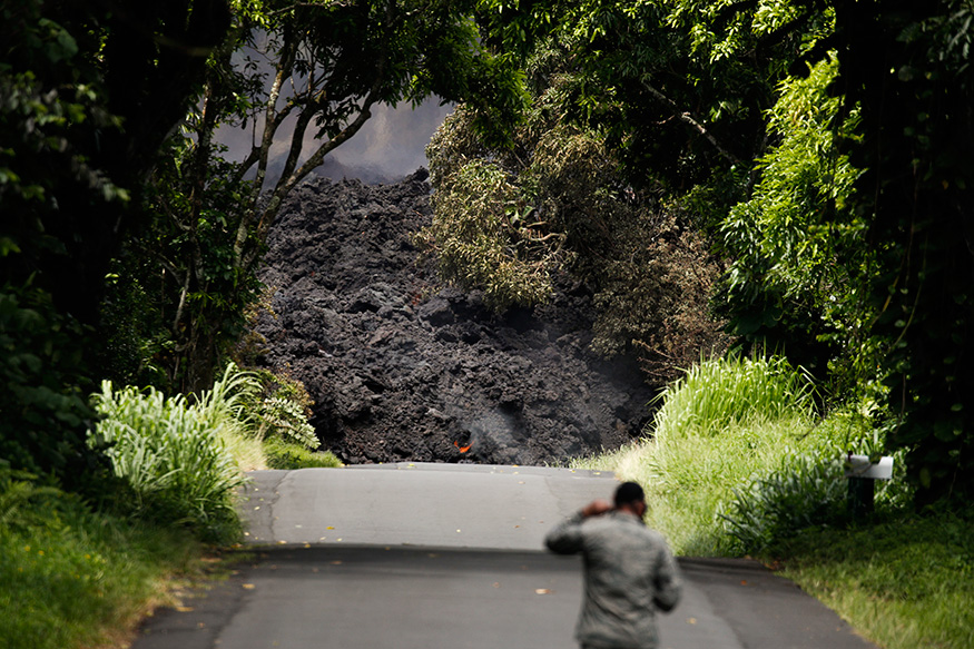 The rate of sulfur dioxide gas shooting from the ground fissures tripled, leading Hawaii County to repeat warnings about air quality.