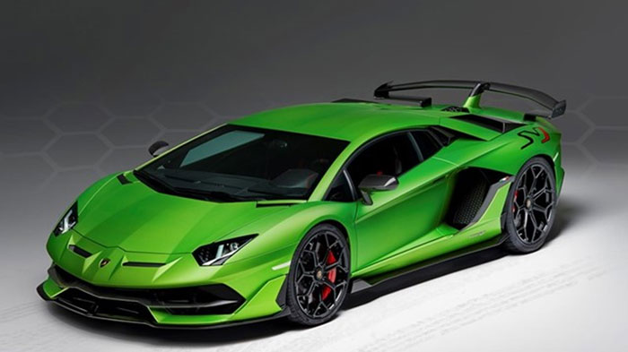 Lamborghini SVJ Studio Green 3-4 front.