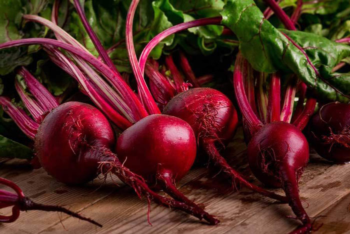 6. Rich in nitrates, beetroot increases the blood flow to the brain and rejuvenates brain functions.