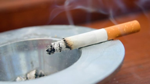 7. Smoking can cause loss of eye vision, cataract and damage of optic nerves later in life. So, avoid smoking as much as you can.