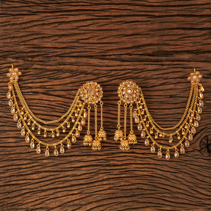 6. Add a royal touch to your look by wearing Kaan Chains.