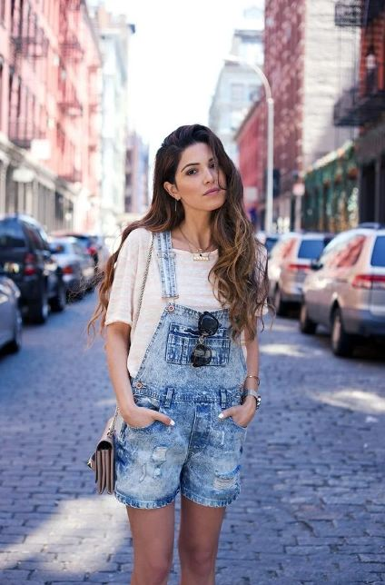 6. If you want to look super cool, just pair it up with dungarees and team it up with white sneakers.