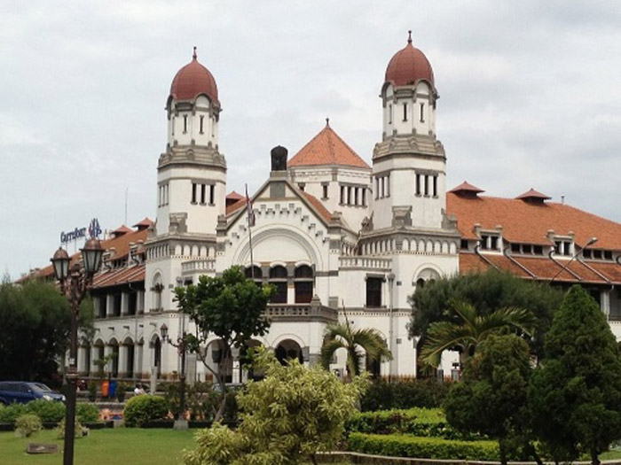 Lawang Sewu, Indonesia This building gained most of its fame after it starred in a local paranormal investigation show. An apparition was caught on camera and one of the people involved in the show mysteriously died soon after. The ghost that was caught was one of a girl that committed suicide to escape torture.