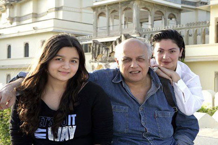 Alia Bhatt with her dad and step sister