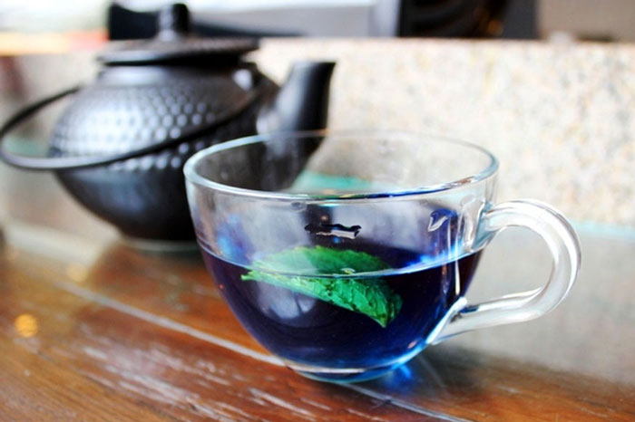 Blue Tea has been clinically proven to contain a much higher amount of antioxidants as compared to Green Tea.