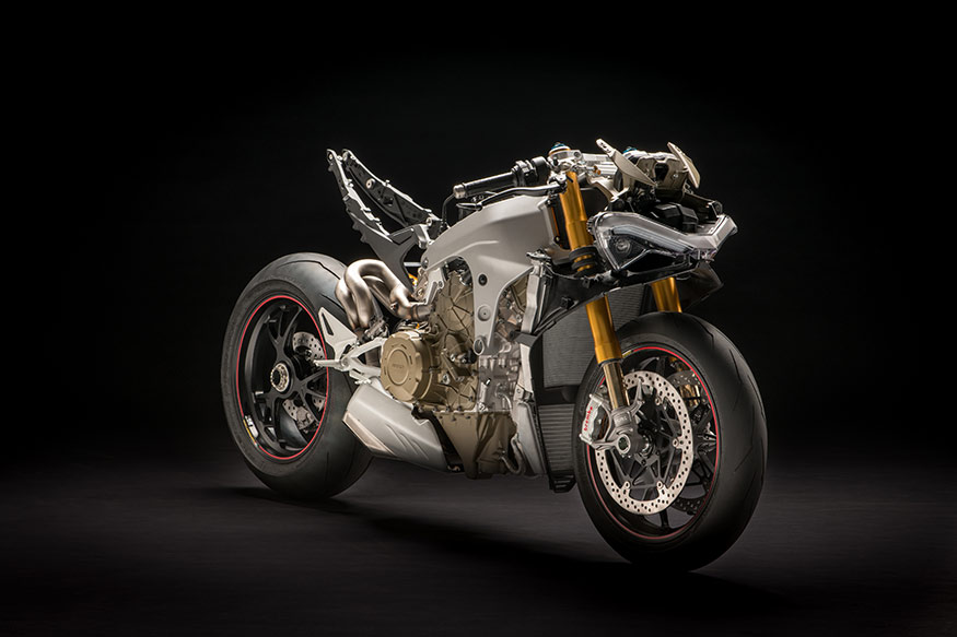 Ducati Panigale V4 is a mechanical marvel as it is compact even with a four cylinder engine on it.