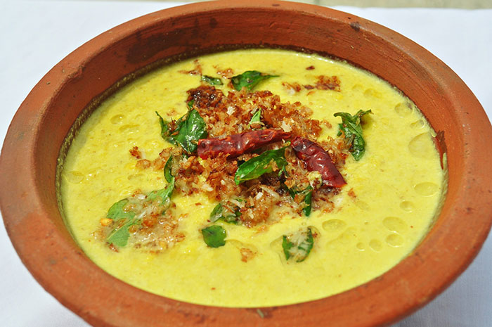 Parippu Curry: Another essential part of the Onam Sadya, Parippu curry is made using a mixture of daals and coconut oil. It can be had with rice and chapatis like any Indian curry.