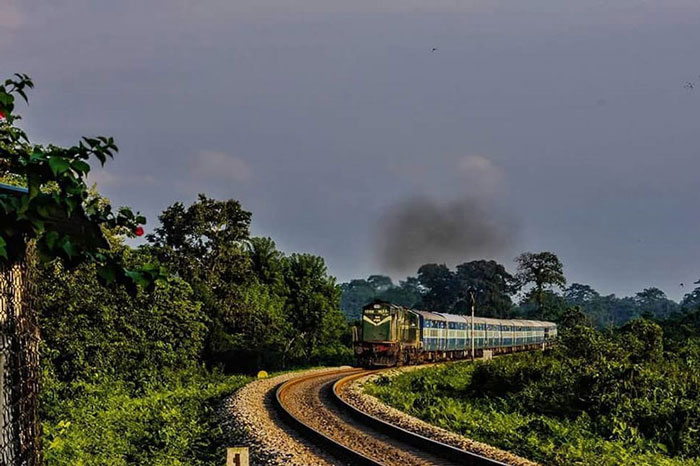 Siliguri- Newmal-Hasimara-Alipurduar, Dooars Voyage - Another railway route ideal for nature enthusiasts is the Dooars Express train route running between Siliguri (West Bengal) to Alipurduar (West Bengal).the Dooars Valley over time has emerged as a hidden gem and despite its pristine beauty and virginal charm, it remains untouched by the chaos of tourism, preserving its natural beauty.