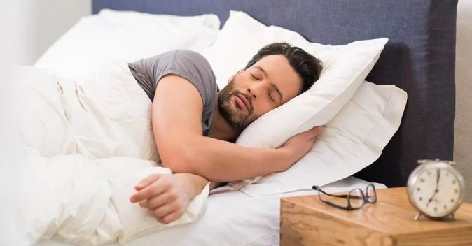 7. Lack of sleep can disrupt your appetite-regulating hormones which directly affects the metabolic rate.  The lack of sleep is linked to a major increase in the risk of obesity and low metabolism.